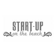 Startup on the beach - noir et blanc
